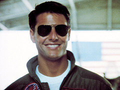 Tom Cruise top gun.jpg
