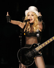 Madonna gives middle finger.jpg